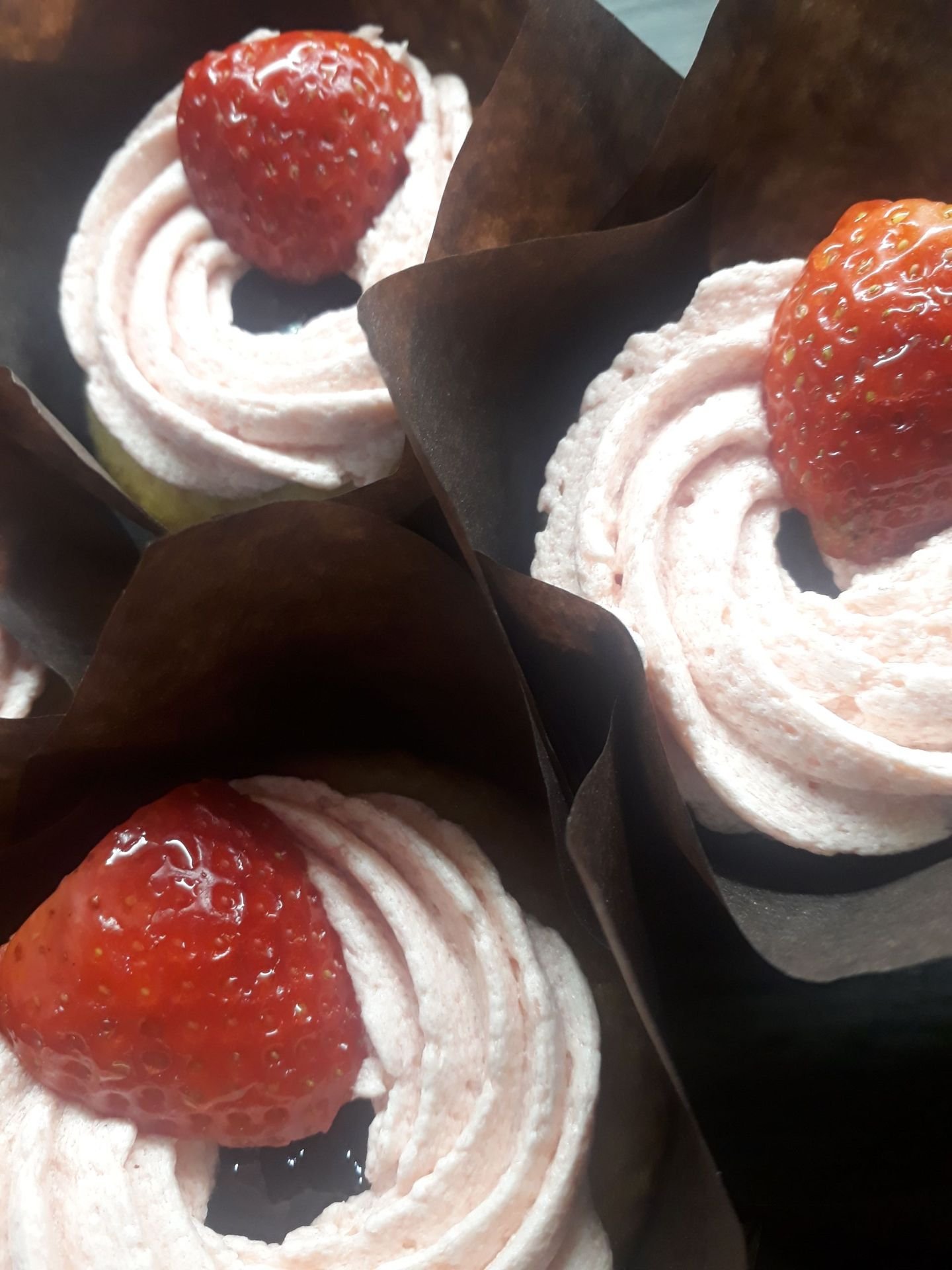 Summer Strawberry Muffins