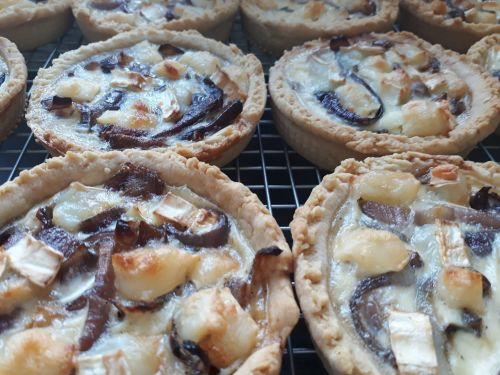 goats cheese red onion quiches