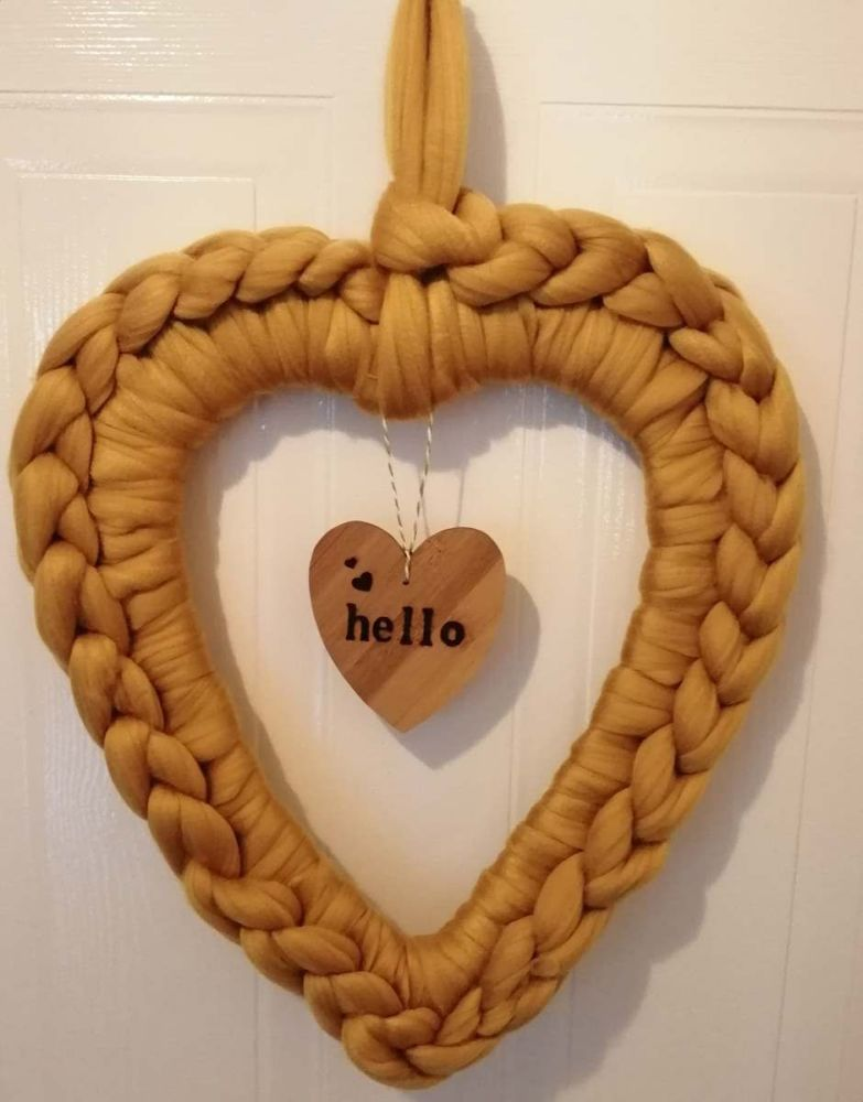 Chunky Wool Heart Wreath Medium - Hello