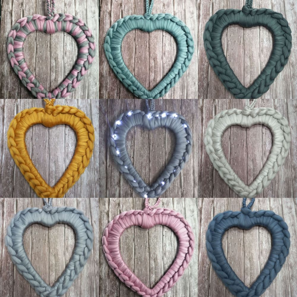 <!-- 004 -->Chunky Wool Wreaths - Loving Cwtches