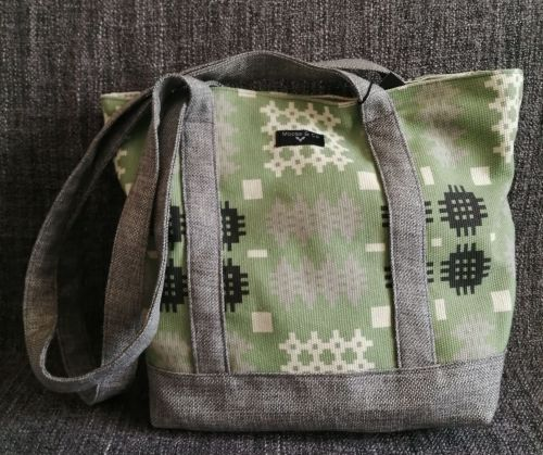 Welsh Tapestry Print Shoulder Bag - Green
