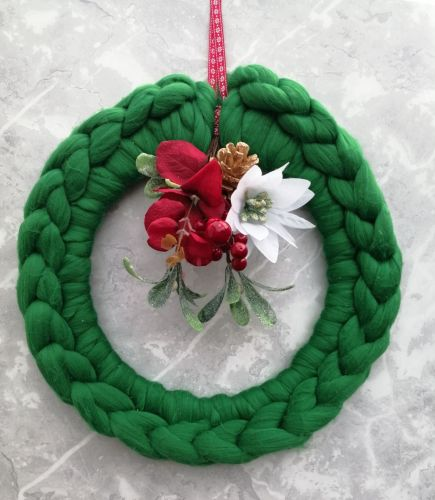 Green Wreath with Posy - Large