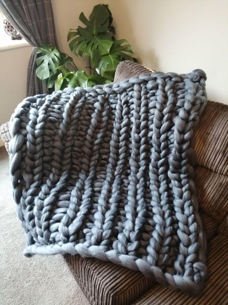 Chunky Wool Blanket - Denim Blue Single Rib Stitch