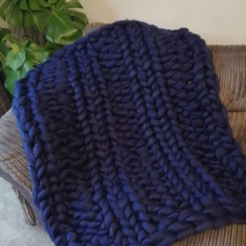 Chunky Wool Blanket - Navy Blue Double Rib Stitch