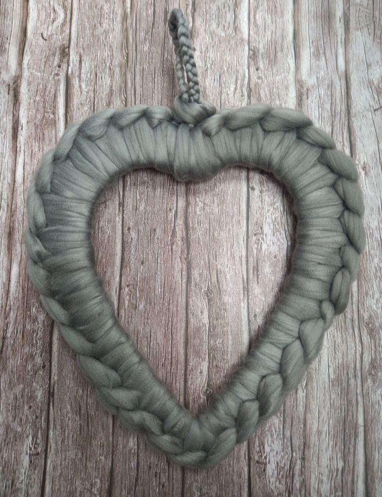 Chunky Wool Wreath - Dove Grey