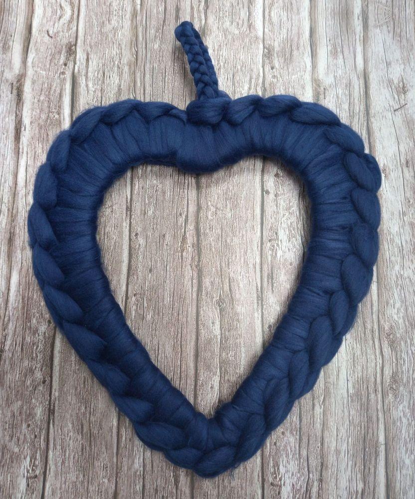 Chunky Wool Wreath - Midnight Blue