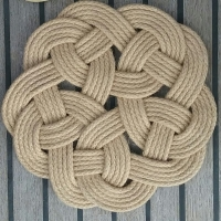 Kringle Knot Table Trivet Mat