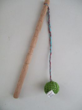 Green Crocheted Ball Straggle Stick