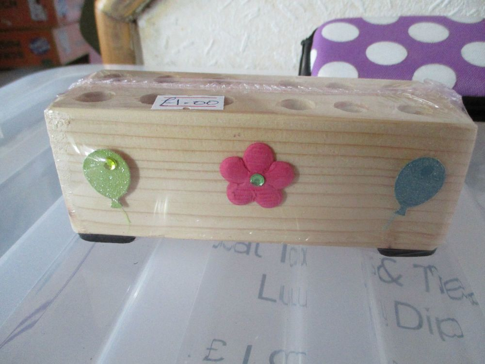 Balloons & Flowers - Wooden Stationery Caddy - Des In The Shed