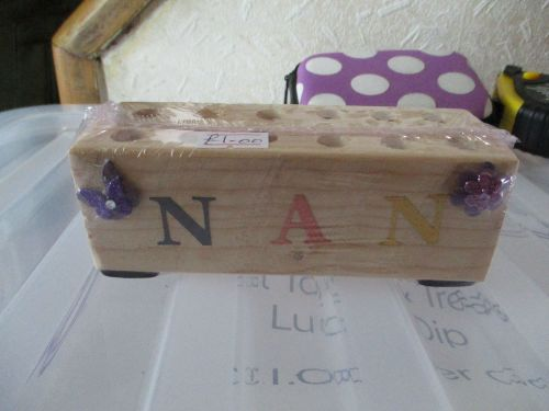 Nan - Wooden Stationery Caddy - Des In The Shed