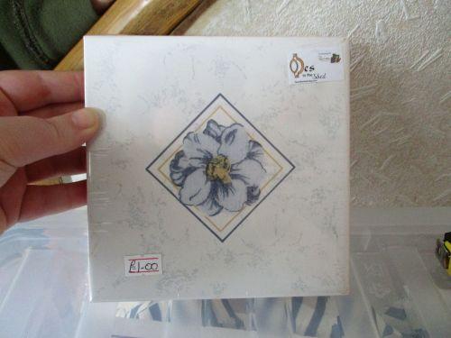 Pale Blue Floral Ceramic Tile Stand - Wooden Base - Des In The Shed
