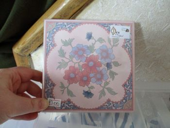 Cream with Pale Blue & Pink Border - Blue/Pink Flowers Ceramic Tile Stand - Wooden Base - Des In The Shed