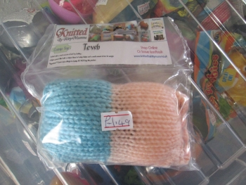 Blue / Peach Knitted Catnip Tewb - Knitted By KittyMumma