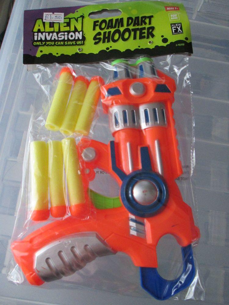 Orange Alien Invasion Foam Dart Gun
