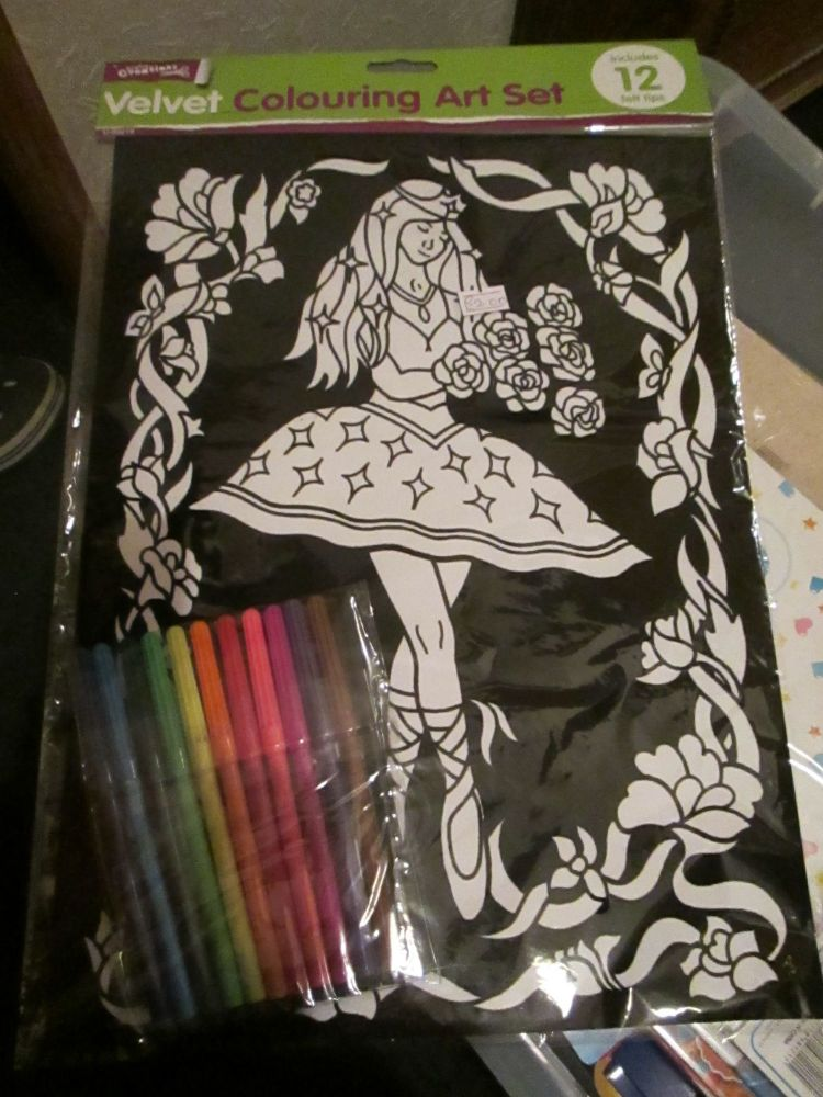 Fairy Dancer - Velvet Colouring Art Set with 12 Felt Pens - Crafty Creation