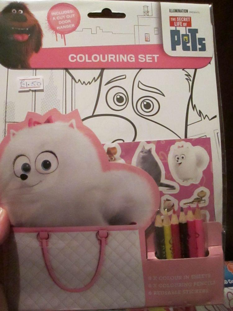 The Secret Life Of Pets - Licensed Colouring Set