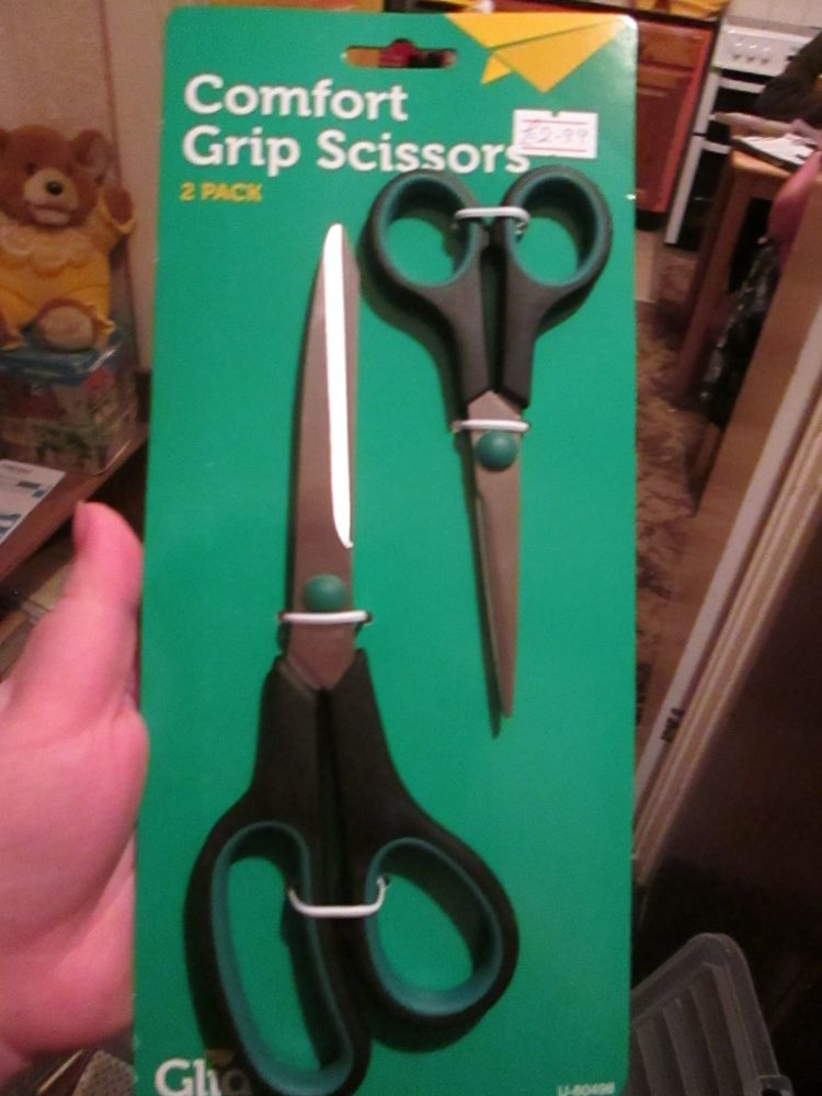 Green / Black Comfort Grip Scissors 2pk