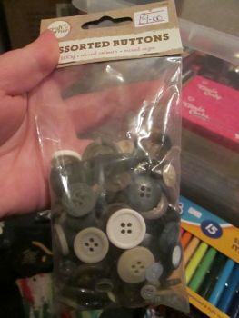 Browns / Blues 100g - Craft Corner - Assorted Buttons