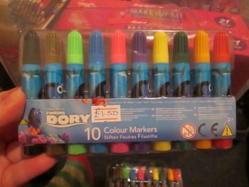 Disney Pixar Finding Dory - Licensed 10 Chunky Markers