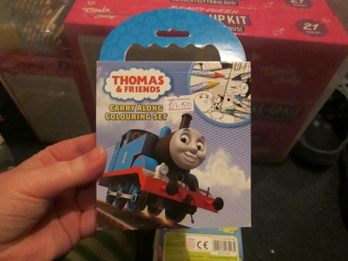 Thomas And Friends - Licensed Carry Along Colouring Set