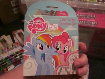 My Little Pony - Licensed Carry Along Colouring Set