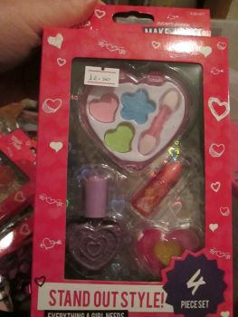Heart - Girls Only 4pc Mini Make-Up Set