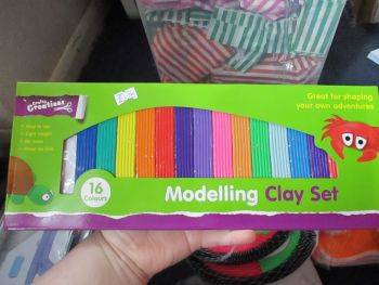 16 Colour Modelling Clay Set - Crafty Creations