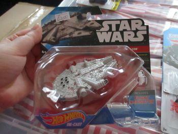 Star Wars - Licensed Millennium Falcon