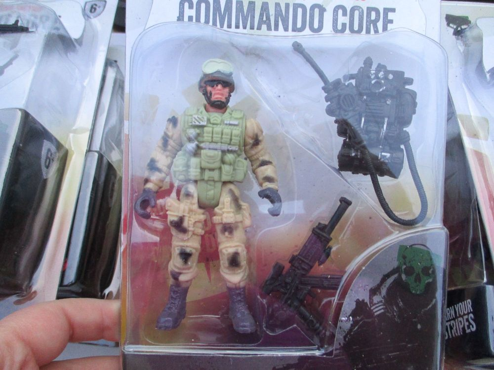 Communications Radio Soldier - Commando Core