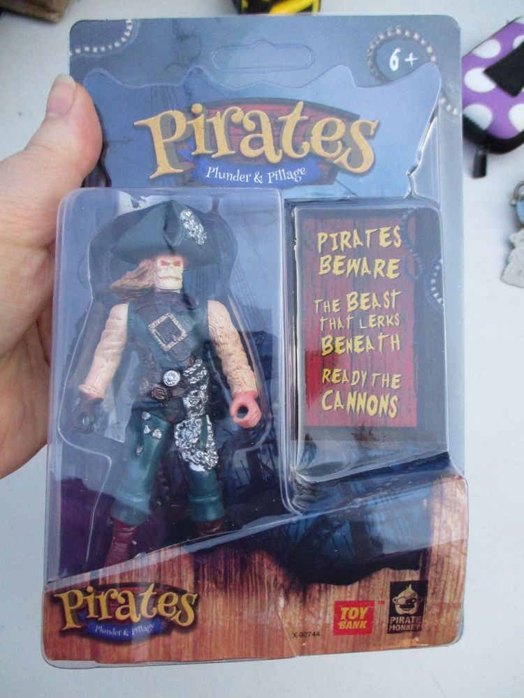 Skeleton Pirate - Pirates Plunder & Pillage