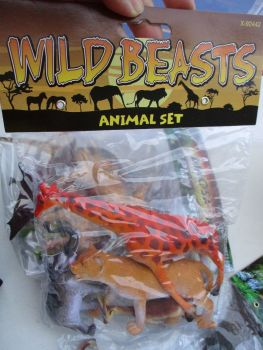 Giraffe Bag - Wild Beasts Playset