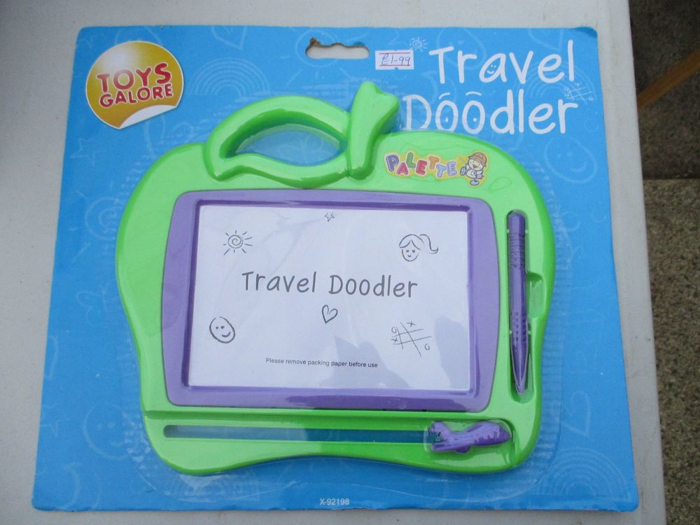 Green Apple Palette Travel Doodler - Toys Galore