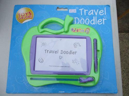Green Apple Palette Travel Doodler - Toys Galore