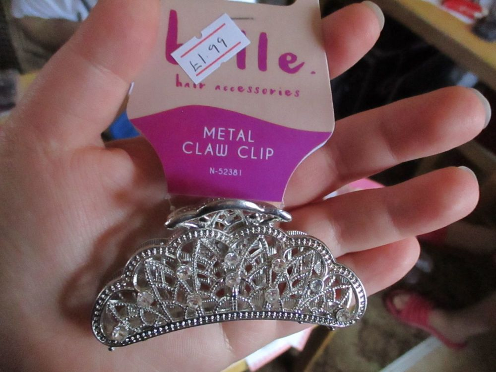 Shiny Silver Tone Metal Claw Clip - Belle