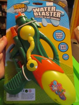 Green Aqua Force Water Blaster