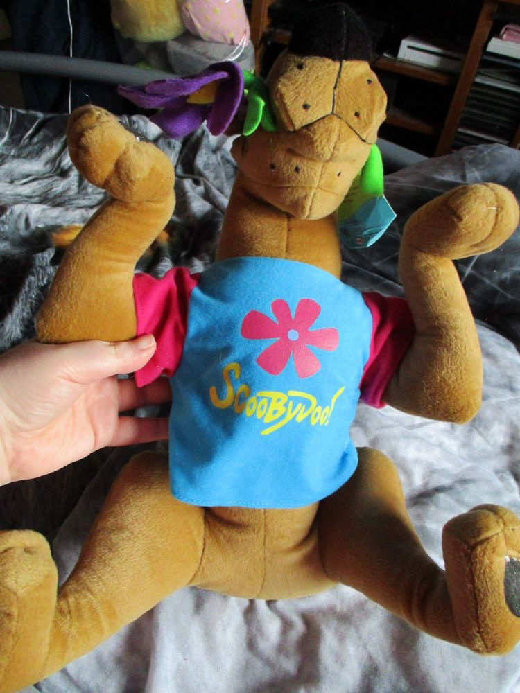Blue T-Shirt Flower Power Scooby Doo - Hannah Barbara - Soft Toy