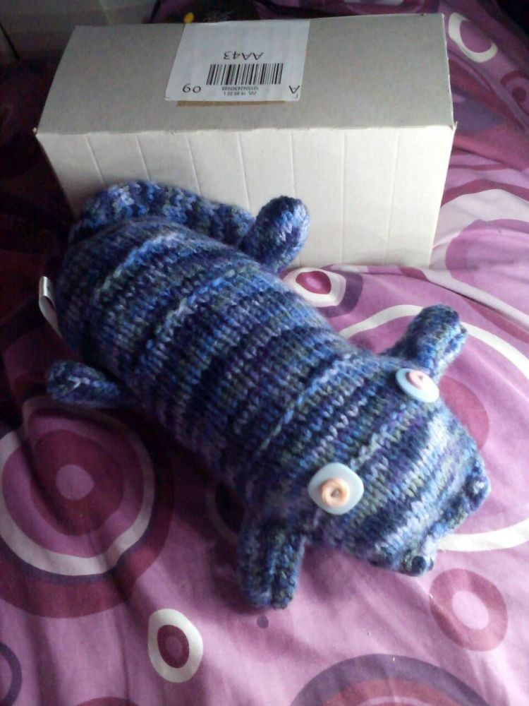 Blue Marbled Body with Lavender/Pink Eyes Scuttlecat - Knitted By KittyMumm