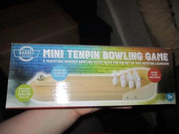 Mini Ten Pin Bowling Game - Gadget Factory