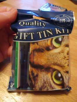 Tabby Cat Print Hinged Tobacco Tin Papers & Blue Lighter Gift Set