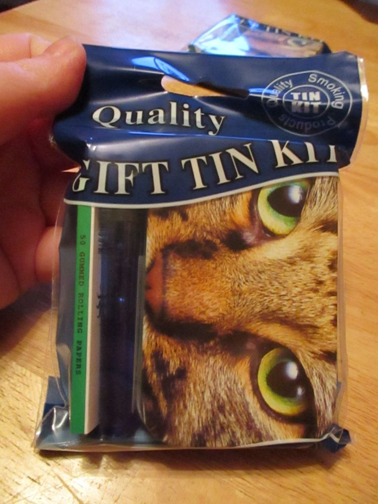 Tabby Cat Print Hinged Tabacco Tin Papers & Blue Lighter Gift Set