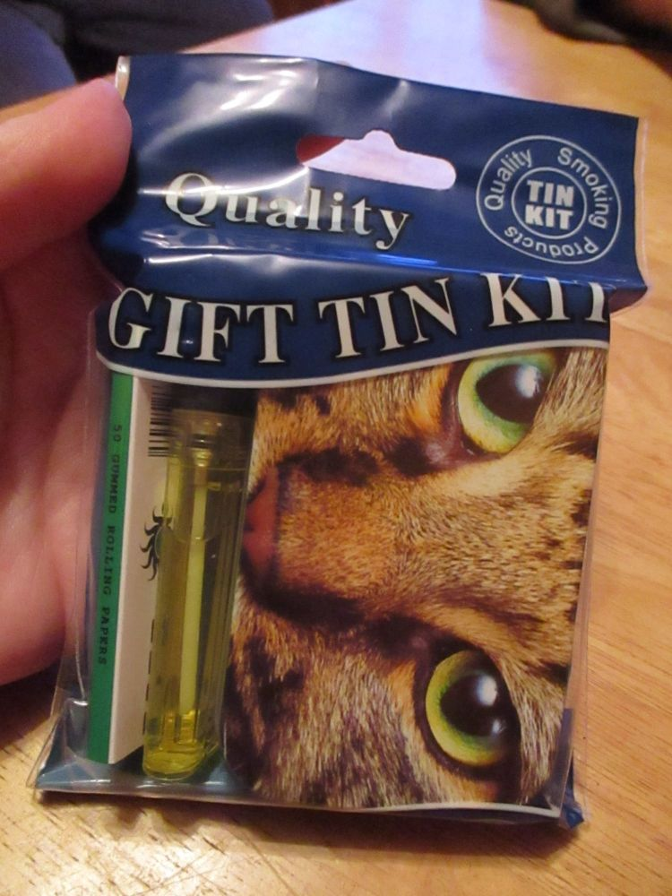 Tabby Cat Print Hinged Tobacco Tin Papers & Yellow Lighter Gift Set
