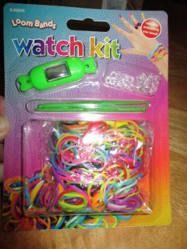 Green Loom Band Watch Kit - Contains Everything You Need