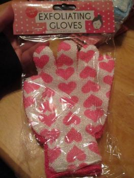 Pink Hearts Exfoliating Wash Gloves 2pk - Ideal For Bath & Shower - Look At Me