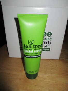 Tea Tree Facial Scrub 250ml