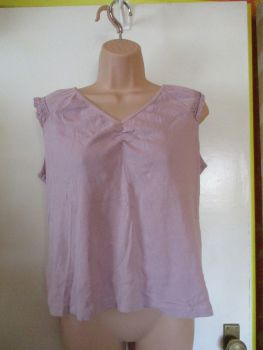 BM Collection Size M Lilac Top