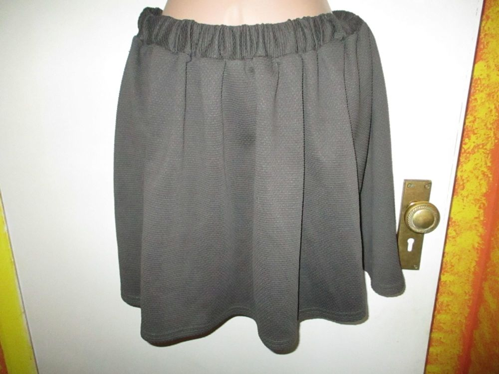 Dark Sage Atmosphere Size 12 Mini Skirt