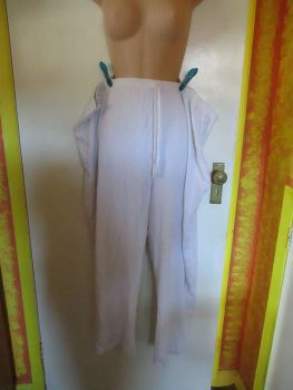 White Essence Casual Trousers - Heavily Splash Stained - Size 26