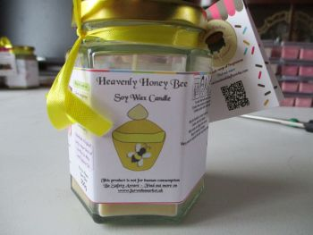 Heavenly Honey Bee Scented Soy Wax Candle 300g