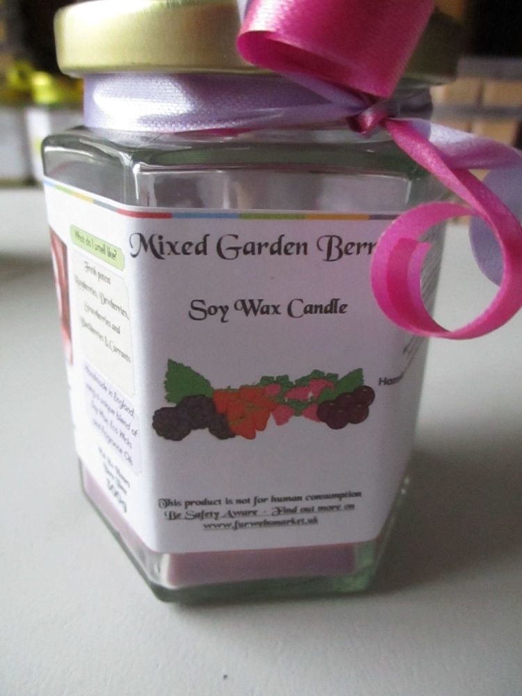 Mixed Garden Berries Scented Soy Wax Candle 300g