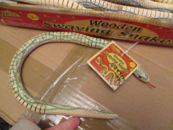 Light Green Wooden Swaying Snake - Playwrite